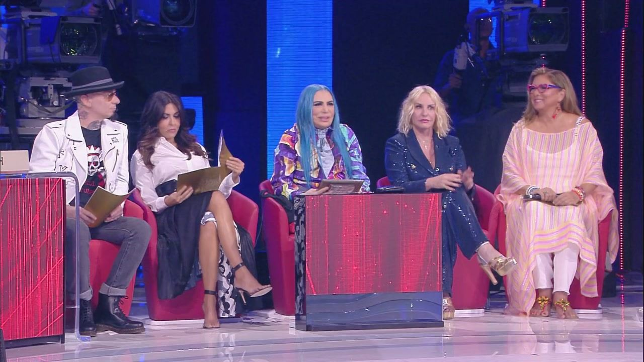 Amici 18 Serale: la semifinale del 18 maggio 2019, in streaming | video Mediaset