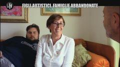 GOLIA: Figli autistici, famiglie abbandonate thumbnail