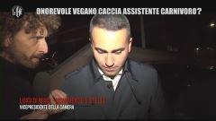 ROMA: Onorevole vegano caccia assistente carnivoro? thumbnail