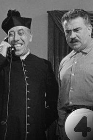 Don Camillo Monsignore ... ma non troppo