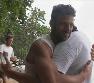 #Isola: Marco Maddaloni e Stefano Bettarini fanno pace