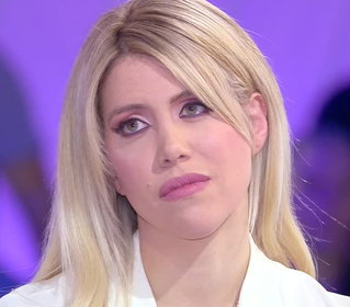 "Wanda Nara in lacrime: ""Icardi vuole rimanere all'Inter"""